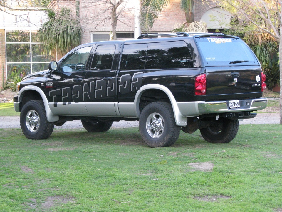 Tronador Hard Top Dodge Ram Cúpulas