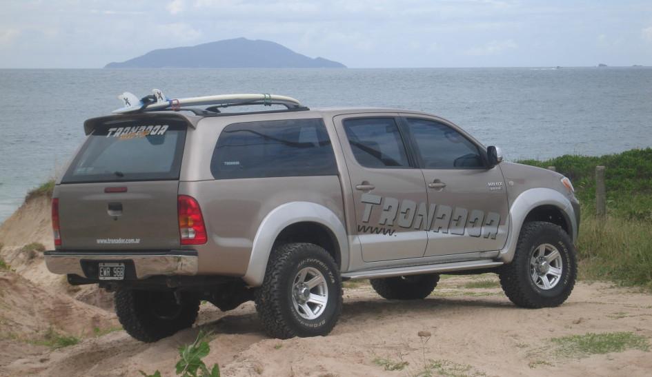 Cúpula Hard Top Tronador Toyota Hilux