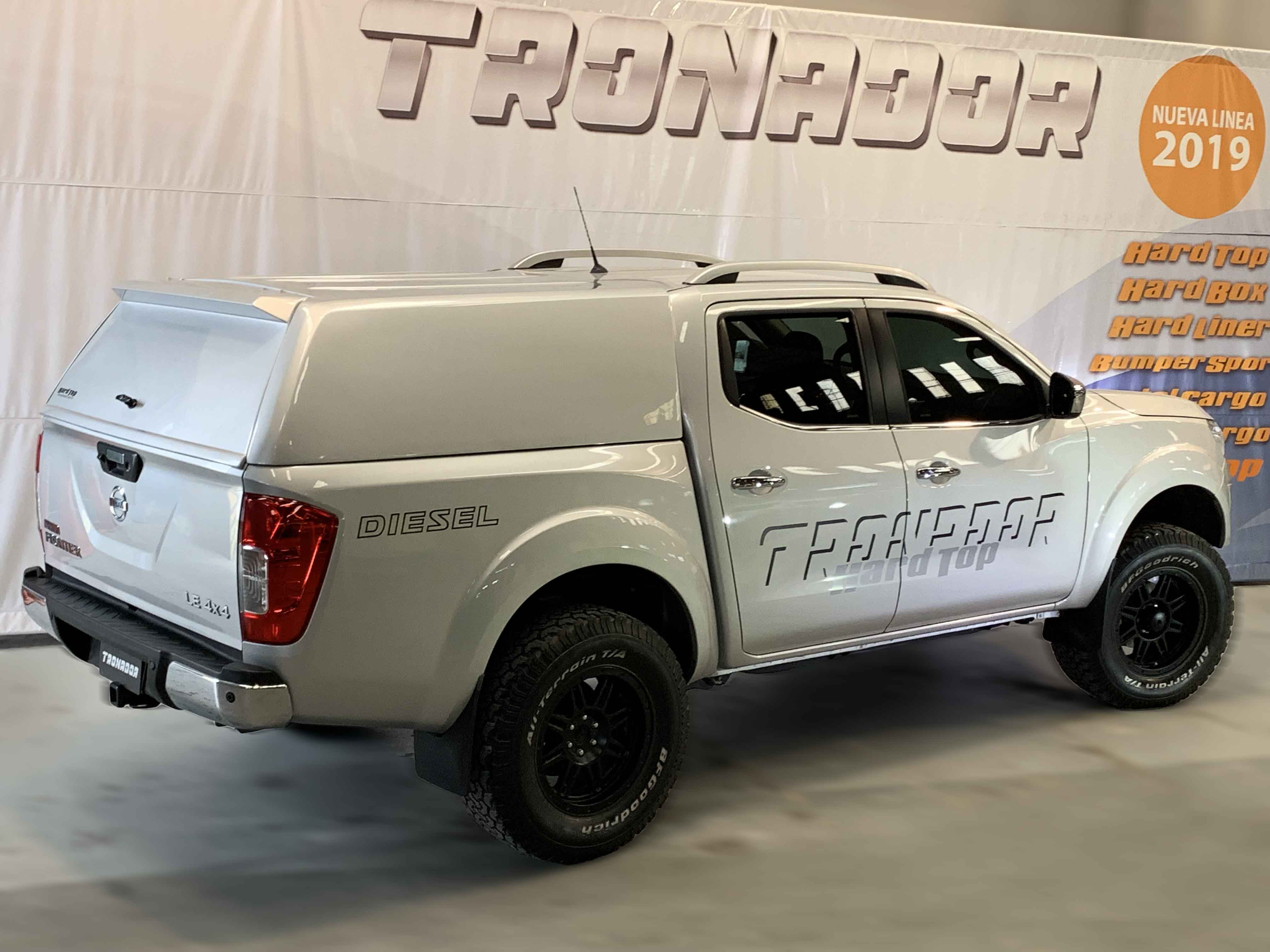 Nissan-Frontier-np300-cupula